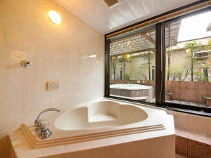 ホテル アネックス:【212号室】37平米露天ジャグジー&ミストサウナ付キングサイズベッドダブルルーム