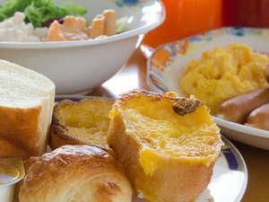 KKRホテル金沢(国家公務員共済組合連合会金沢共済会館):【朝食】小学生未満の方は朝食無料でございます。