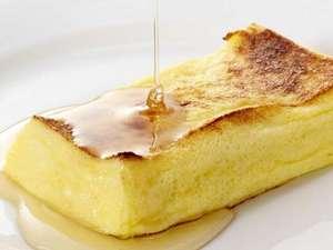 万代シルバーホテル:朝食の大人気メニュー・フレンチトーストはふわふわの出来立てです♪