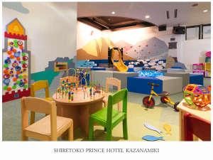 知床プリンスホテル風なみ季(4/1~KIKI SHIRETOKOに改称):あそびの森:入場無料の遊び場(ボーネルンド監修)