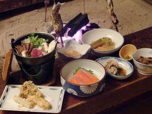 ランプの宿 青荷温泉:*【お食事】山菜や川魚等山川の恵みを使った、素朴なお食事をぜひご賞味下さい。