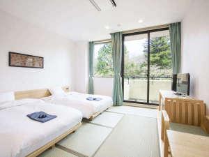 箱根小涌園 美山楓林:全室畳のお部屋で和のぬくもりを感じられます。
