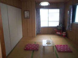 伊豆大島 民宿三喜:和室7.5畳間