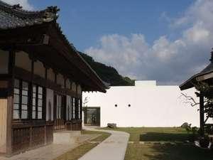 当館は禅の心で癒す館です。慈眼院に隣接しております
