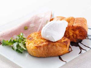 三井ガーデンホテル京橋:地養卵のフレンチトースト