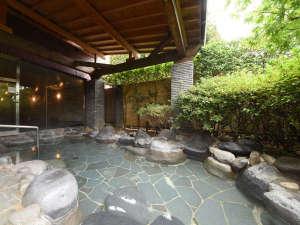 ダイヤモンド下呂温泉ソサエティ:*【露天風呂】下呂温泉の名湯を、開放感ある露天風呂でお楽しみください