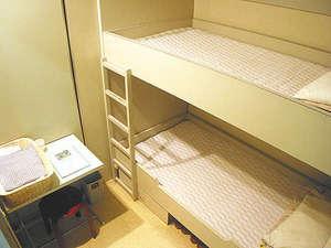 神戸学生青年センター:【2段ベッド】お一人様でもゆったりご利用OK♪