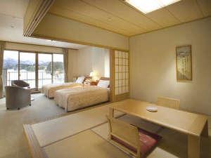 【和洋室】ツインベッドの洋室と和室を備えています。
