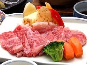 湯野浜温泉 竹屋ホテル:*【夕食一例】やわらかい山形牛ステーキに舌鼓☆