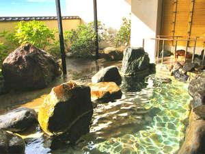 湯野浜温泉 竹屋ホテル:*【露天風呂】日本海の風を感じながら、寛ぎのひと時をお楽しみください!