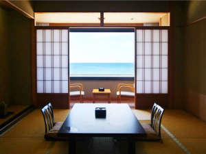 湯野浜温泉 竹屋ホテル:*客室一例/青い水平線を眺めながら、寛ぎのひと時を・・・