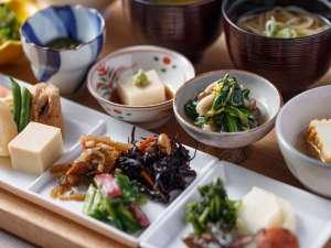 三井ガーデンホテル京都新町 別邸:《朝食 イメージ》