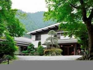 本物の大自然に囲まれた露天風呂のある宿 谷津川館の写真