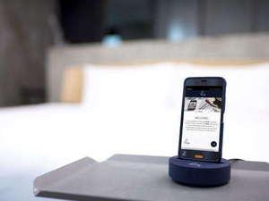 リッチモンドホテルプレミア浅草:8月1日に全室導入。客室無料携帯がご利用いただけます。