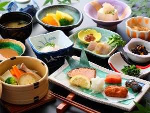 黒川温泉 やまびこ旅館:朝食一例。温野菜が好評です^^
