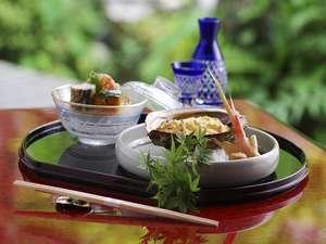 離れの宿 よもぎ埜:【料理】旬の地元の食材を使った夏のお料理(一例)