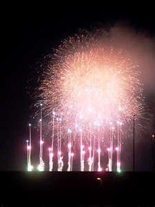 ビースティーレ 舞浜:ベランダから撮影したTDLの花火です!!但しTDLの都合や悪天候により見えない場合もあります。