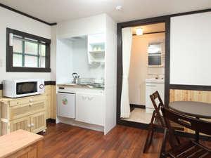 山と自然と温泉を愛する人の宿 ホテルモルゲンロート有馬温泉:ホテル・モルゲンロートの客室には簡単な自炊設備を設けています。