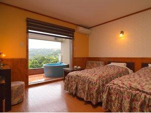 プチホテル陽だまりの丘 全室に露天風呂付き:【ツイン(18㎡)】露天風呂付客室:心地良い景観が広がり,寛いでいただけます