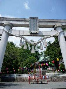 源頼朝と八重姫の間に生まれた千鶴丸を祀る富戸三島神社