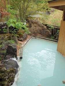 かつらの湯 丸永旅館:芽吹きと心地よい風と日差しです。