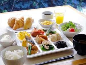 アパホテル<浅草蔵前>:■朝食和洋バイキング(7時~10時)【こだわりの自家製豆腐など、和洋30種類以上の栄養豊富なバイキング】