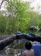 レイクサイドリゾート クッシャレラ:源泉かけ流し、森の露天でゆったりどうぞ