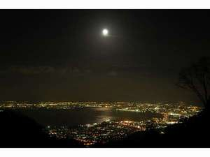 眺望清逸の宿 延暦寺会館:比叡山からの夜景