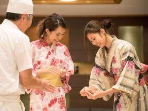 休暇村 紀州加太(きしゅうかだ)~和歌山の旬と絶景露天の宿~:~ふれあいプログラム~地元の和菓子屋さんと作る和菓子作り体験