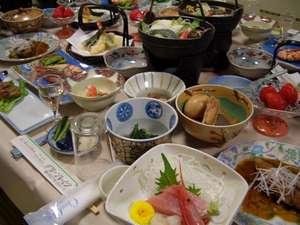富士と湖を望む絶景宿 グリーンレイク:夕食例2