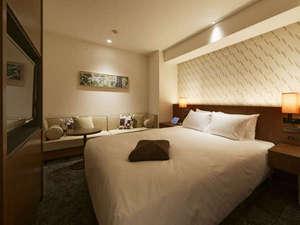 FORZA ホテルフォルツァ博多(筑紫口):FORZAの名がついた、こだわりの客室フォルツァキングルーム