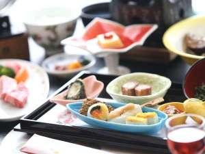 ご夕食のイメージ~季節の前菜盛り合せ~