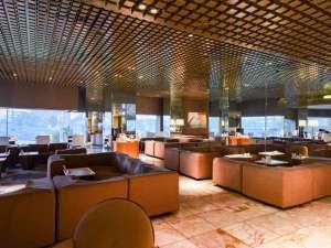 群馬ロイヤルホテル:*ロビー/ご到着後やご出発前のカフェタイムにもご利用下さい。