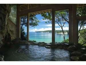 磯香の湯宿 鵜原館:*トンネル風呂は個性的なお風呂で人気です。神秘的なトンネルを抜けた先にあります。