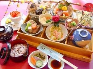 さがら温泉 茶湯里:【お料理】松花堂一例