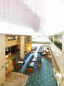 ホテルフジタ奈良:広々としたホテルロビー