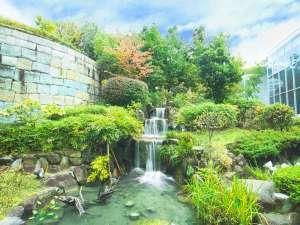 ホテル阪急エキスポパーク:中庭