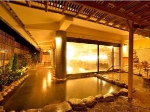 ホテルサンバレー富士見:源氏の湯(露天風呂) 庭の木々を一層し、緑豊かな露天風呂になりました。