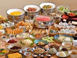 ホテルサンバレー富士見:朝食バイキング 和食を中心に40種類以上。 地元の食材を使っています。
