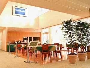 ホテルラヴニール:●朝食会場●11時30分からは好評のランチ営業もしております!