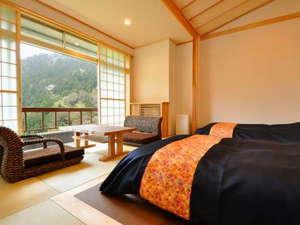 にごり湯の宿 赤城温泉ホテル:【5階和洋室】最上階からの景色はやっぱり格別ですね(^^)