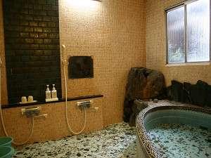 新潟屋旅館:【風呂】旅の疲れを、お風呂でおくつろぎください