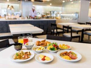 かねひで喜瀬ビーチパレス:当ホテル自慢のシェフが腕によりをかけたお料理は、何から食べようか迷ってしまいます。