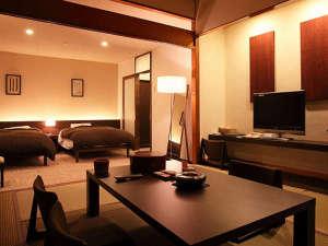 桜島を望む 霧島唯一の展望温泉の宿 霧島観光ホテル:【ラグジュアリーな空間で過ごすお勧め客室】ゆったり広めのサイズが贅沢な和洋室。