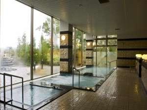 森のゆ・花神楽:広々とした温泉大浴場