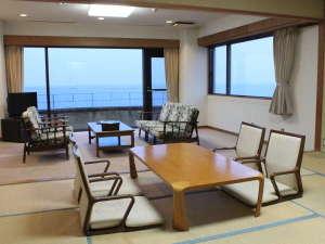いそざき温泉 ホテルニュー白亜紀:太平洋一望の特別室です。和室、洋間の他に完全に仕切られたベッドルームがあります