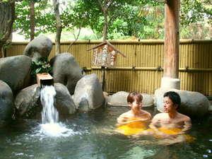大きな露天風呂貸切の宿 旭館:【貸切露天風呂】広さ10畳半!磯部一の露天風呂は泉質は柔らかく保湿・保温効果も。