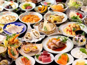 四万グランドホテル:ロングセラーのローストビーフ、自分で作る海鮮丼、手巻き寿司、60種の創作源泉バイキング