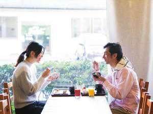 ホテルエリアワン宮崎(HOTEL AREAONE):お家の朝ご飯もいいけど・・・2人で食べるホテル朝食も最高!!