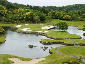 米原ゴルフ倶楽部 ビラ アンダルシア:*【約40万坪の広大なゴルフ場】全長6.827ヤード、18ホール、パー72。